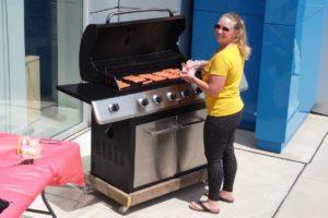Nicole is at Wiener Wednesday @ Koehne Chevrolet
