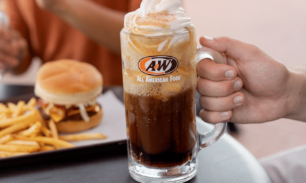 Menominee A&W Celebrates National Root Beer Float Day with Free Floats
